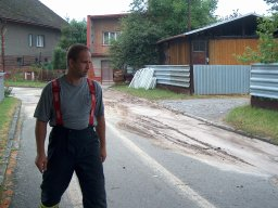 18. 7. 2010  Odstraňování překážek z komunikace, ulice K Hůrce a K Štípkám