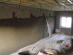 8. 3. 2011  Rekonstrukce hasičské zbrojnice - Demolice podlahy v garáži
